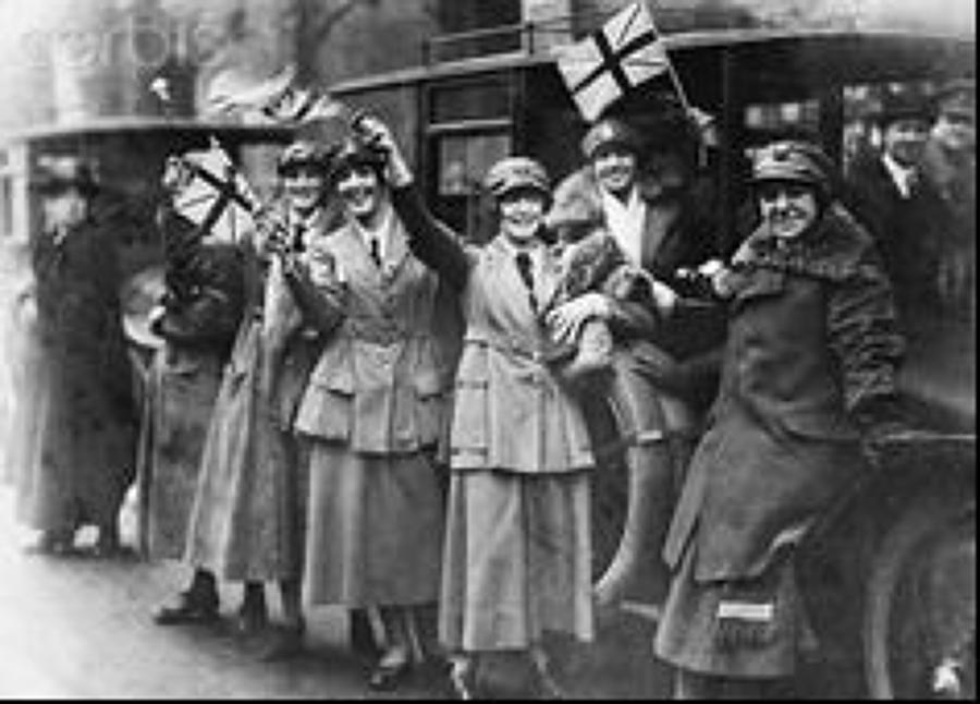 WW1 / WW2 WOMENS SERVICES