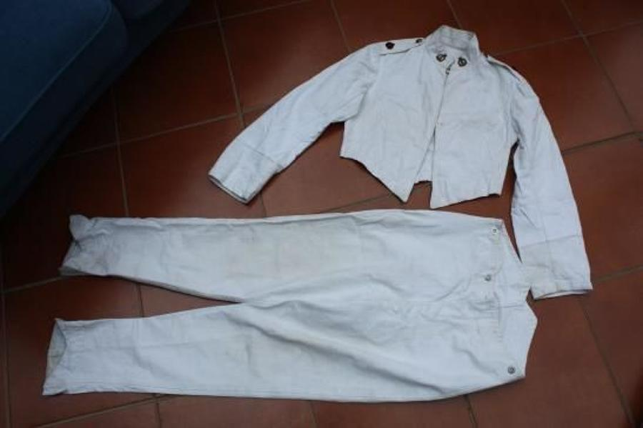EARLY 1900's OFFICER'S WHITE COTTON JACKET & TROUSERS TO THE RAMC