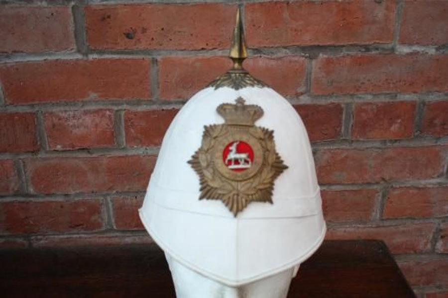 Warwickshire Regiment OR's foreign service Pith / Sun helmet.