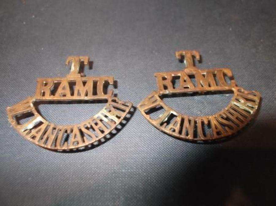 Matching Pair of WW1 Brass T RAMC W LANCASHIRE shoulder titles.