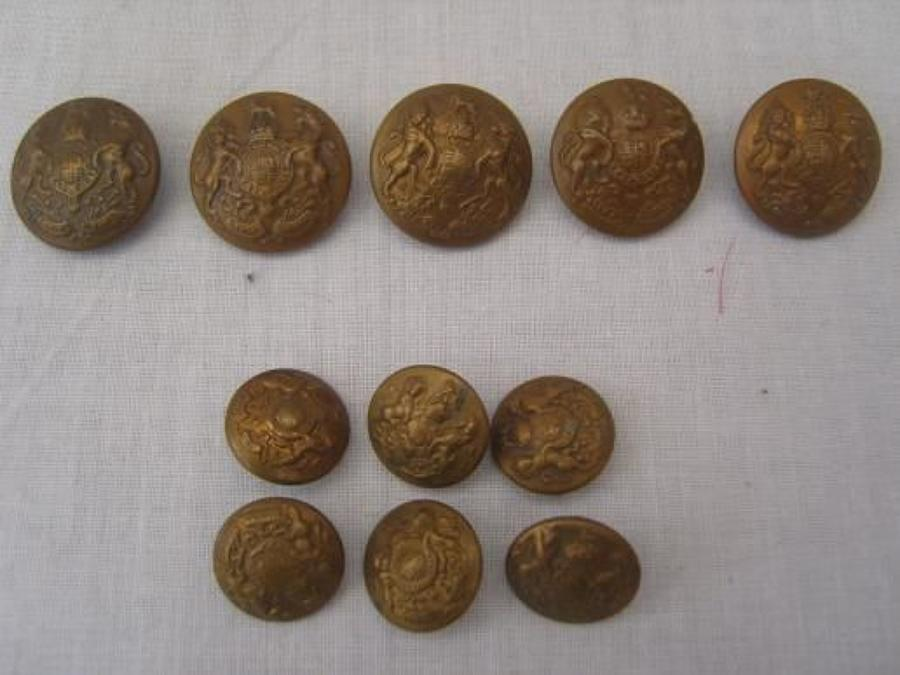 WW1 British Army set of brass Tunic buttons.