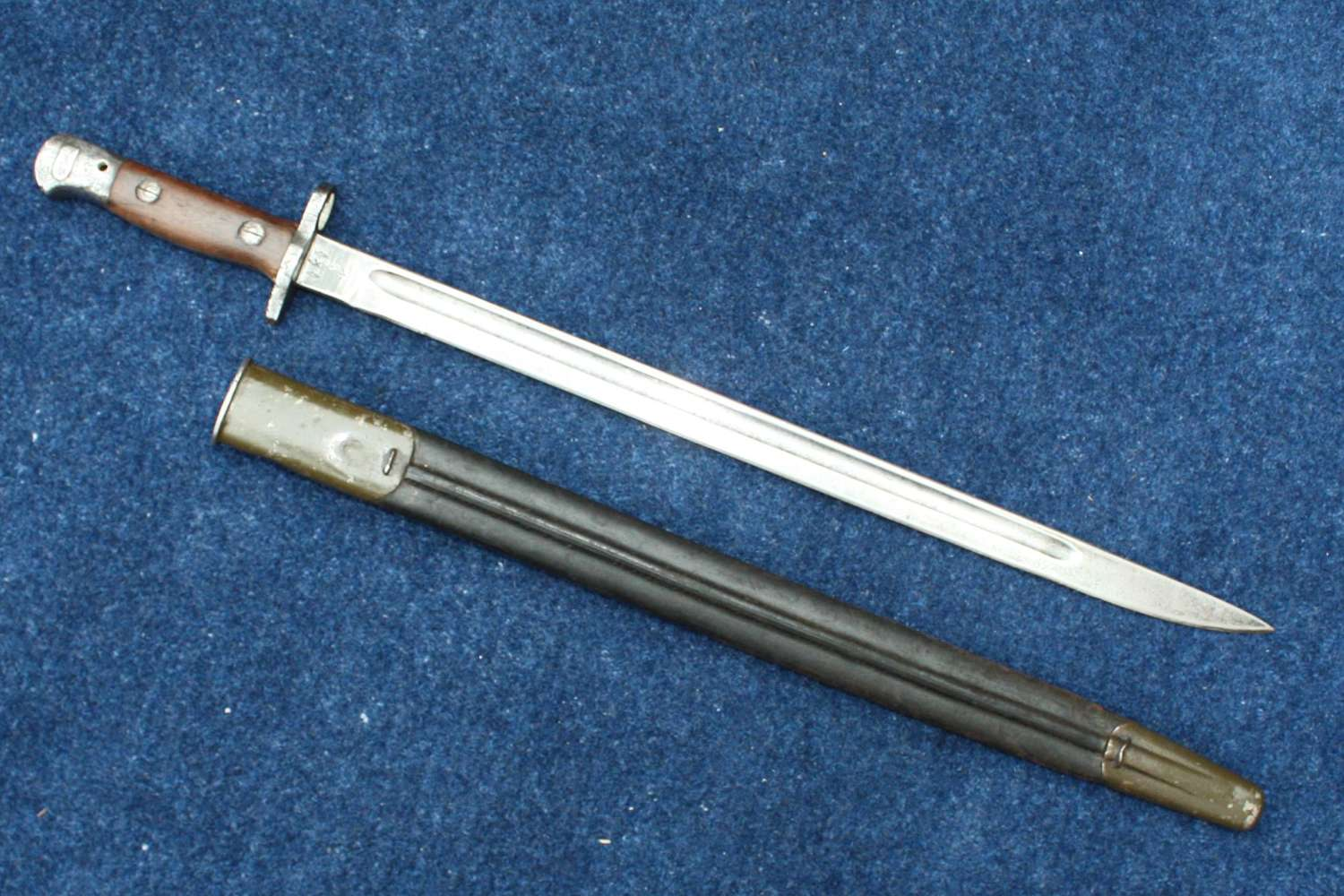 British 1907 Bayonet and Scabbard By Chapman