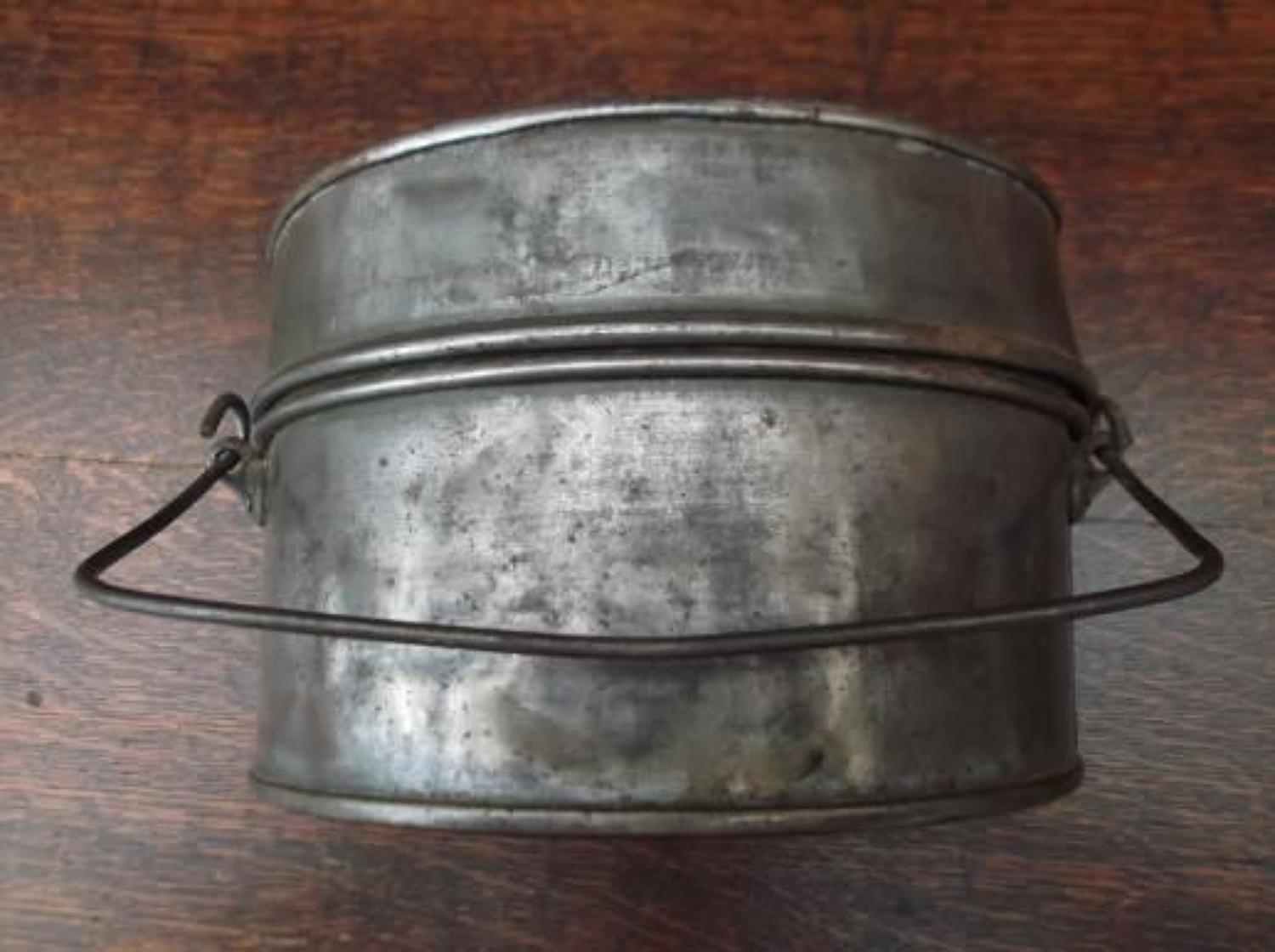 WW1 PATTERN BRITISH INFANTRY D SHAPE MESS TINS