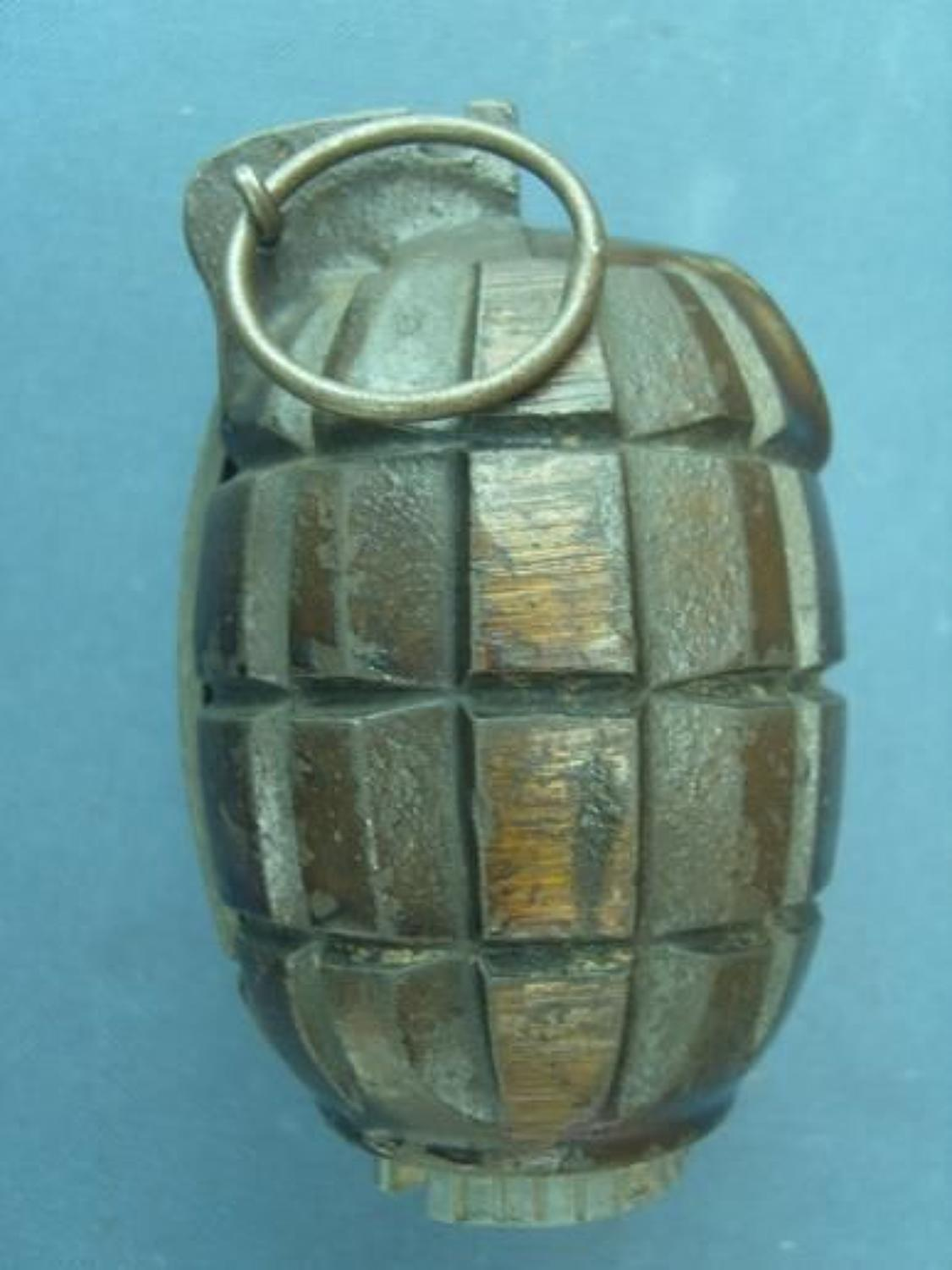 1940 DATED No 36 MILLS GRENADE BY EE Co