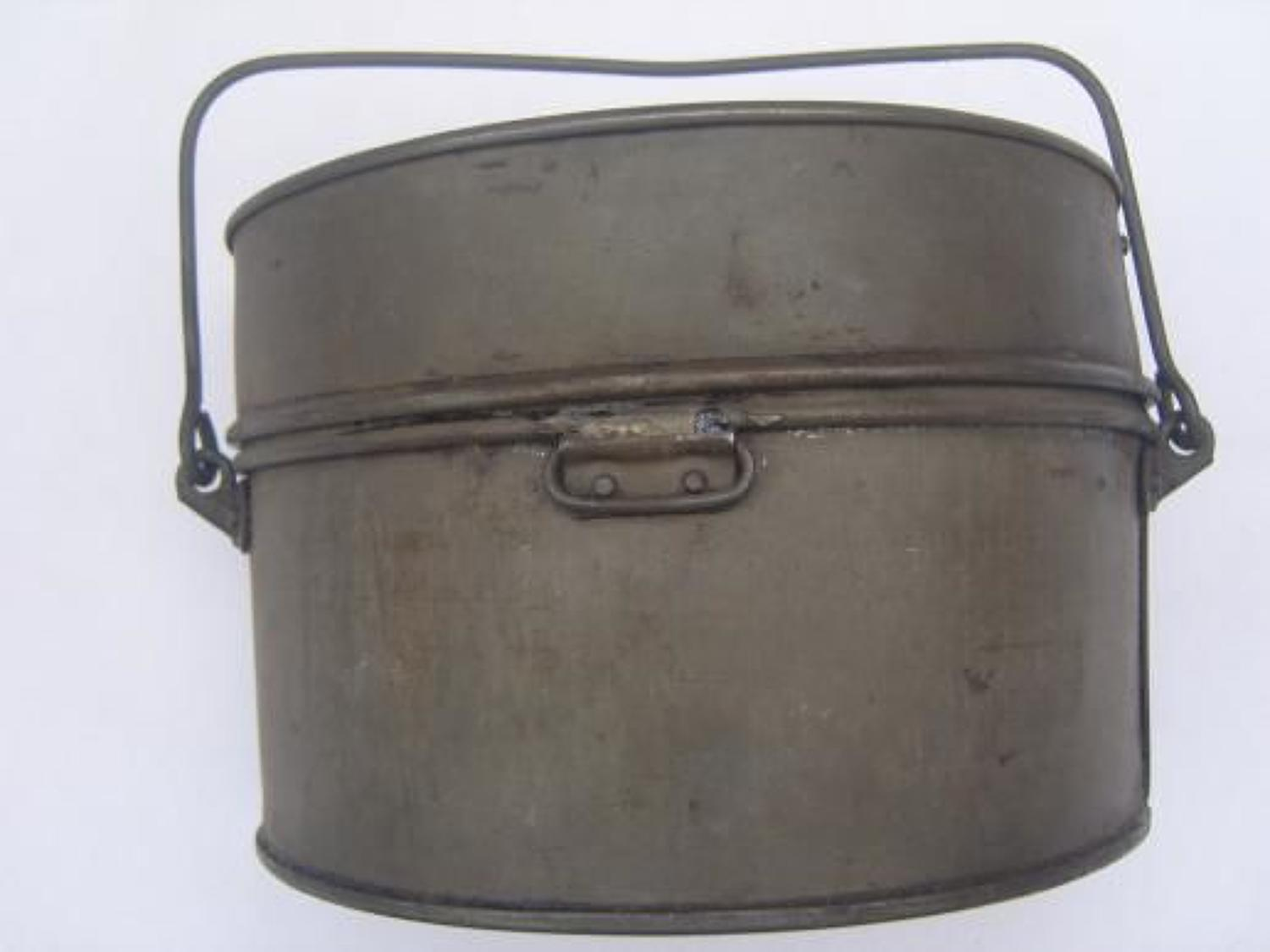 WW1 BRITISH ARMY MESS TIN DATED 1916
