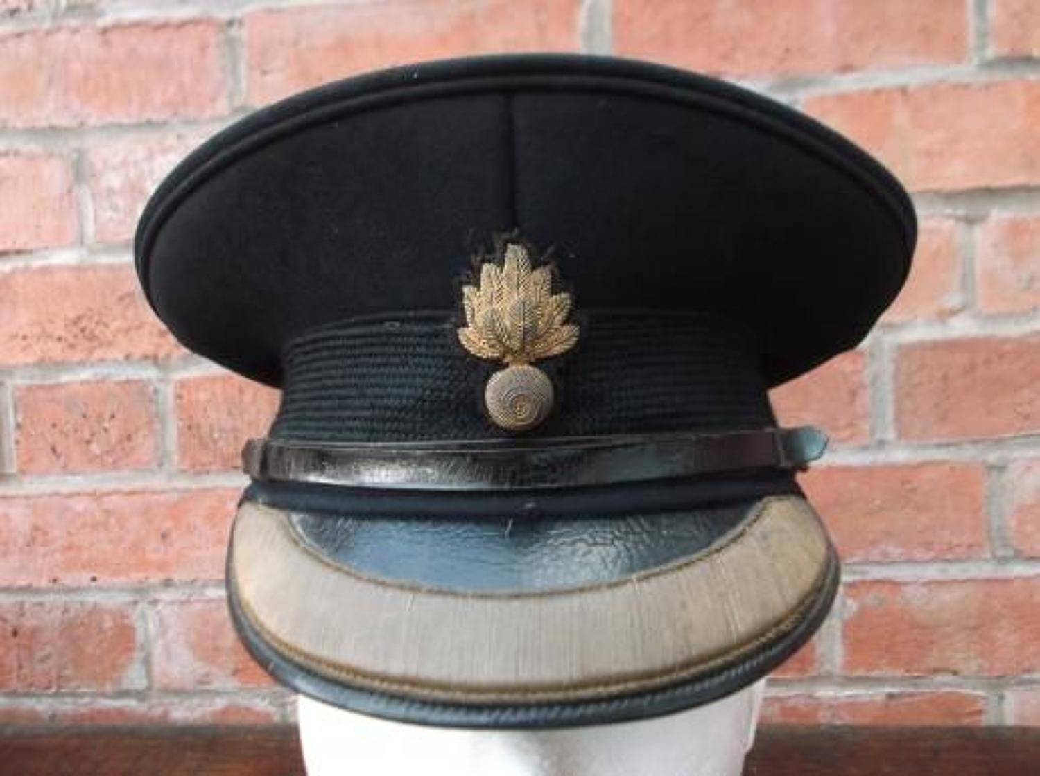 BRITISH WW2 GRENADIER GUARD OFFICERS FIELD SERVICE CAP.