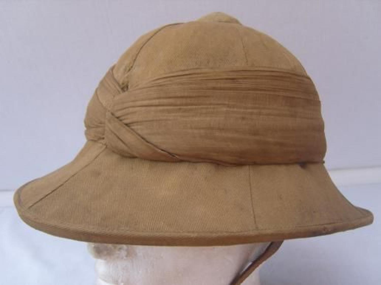 WW1 British Khaki Drill Pith Helmet.