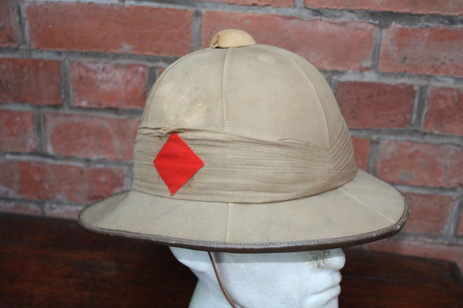 Officers Post WW1 Pith Sun Helmet with diamond flash