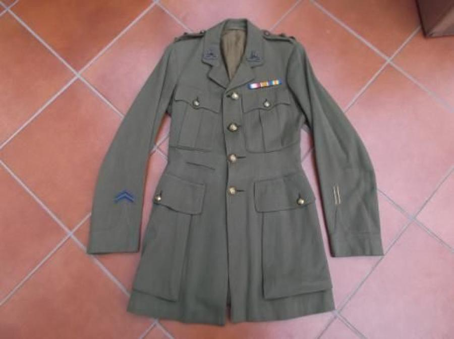 Royal Warwickshire Regiment, Lieutenant rank Officers Khaki Service Dress Tunic