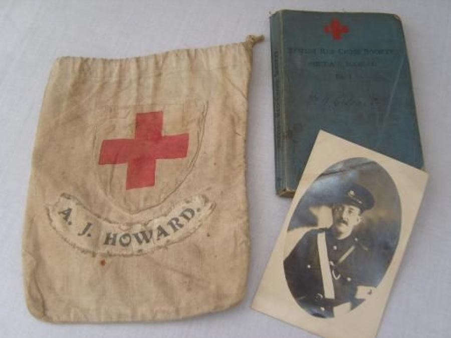WW1 Red Cross 1913 manual, bag & photograph