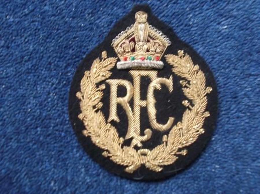 RFC: ROYAL FLYING CORPS (RFC) GOLD BULLION BLAZER BADGE, KINGS CROWN