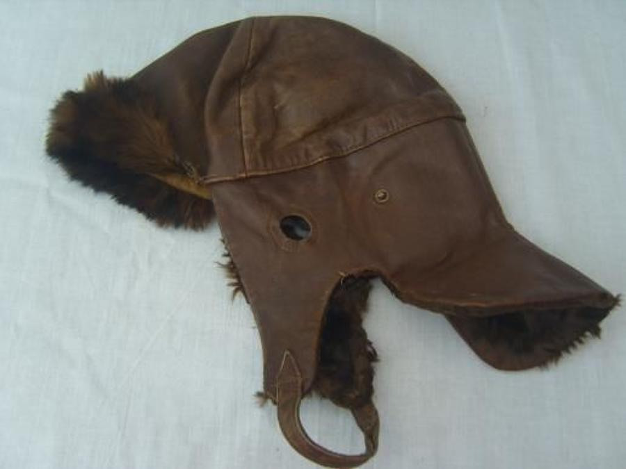 BRITISH WW1 LEATHER FLYING HELMET