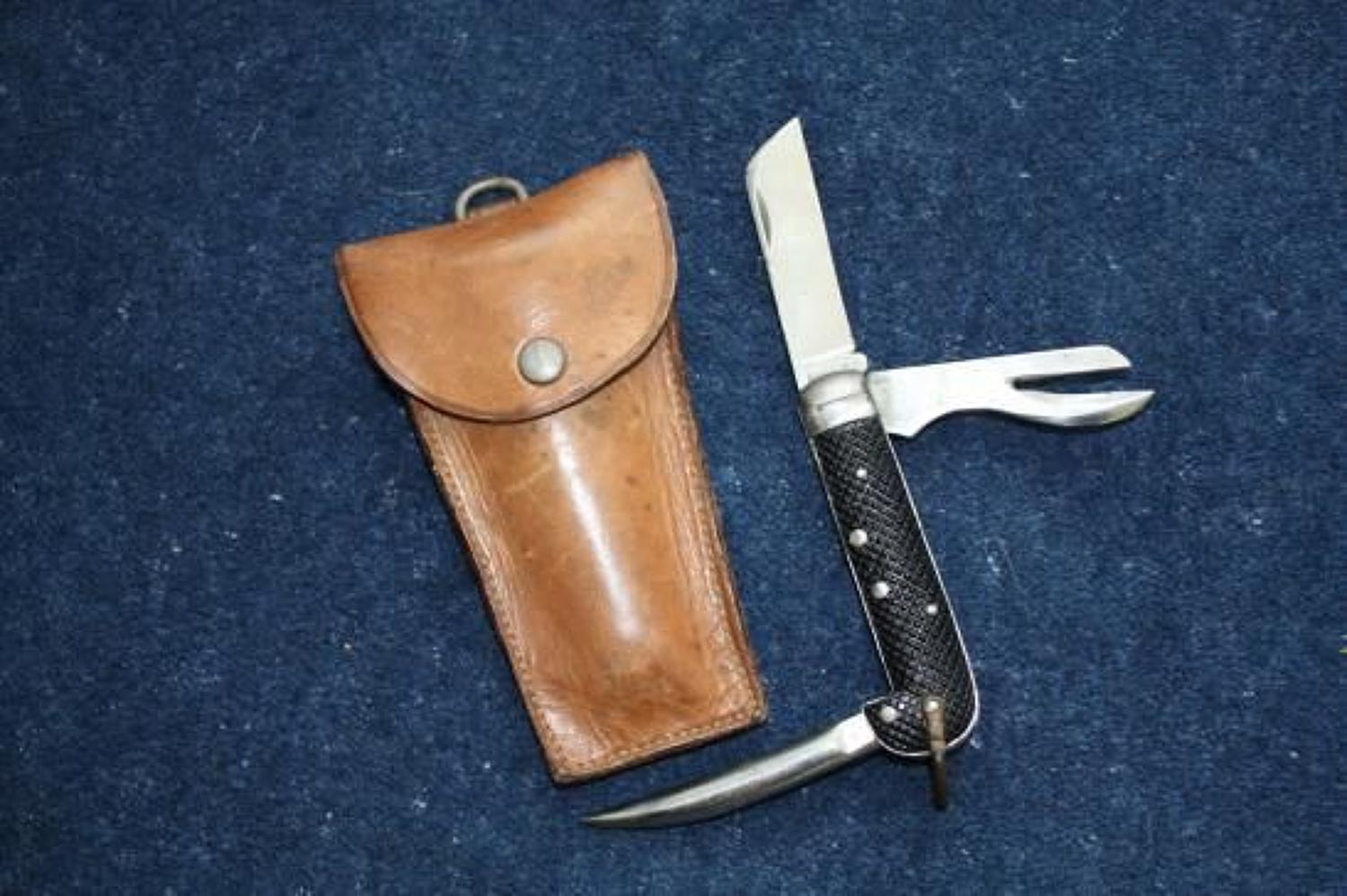 WW2 British Armed Forces Jack knife. Dated 1940 & leather case.