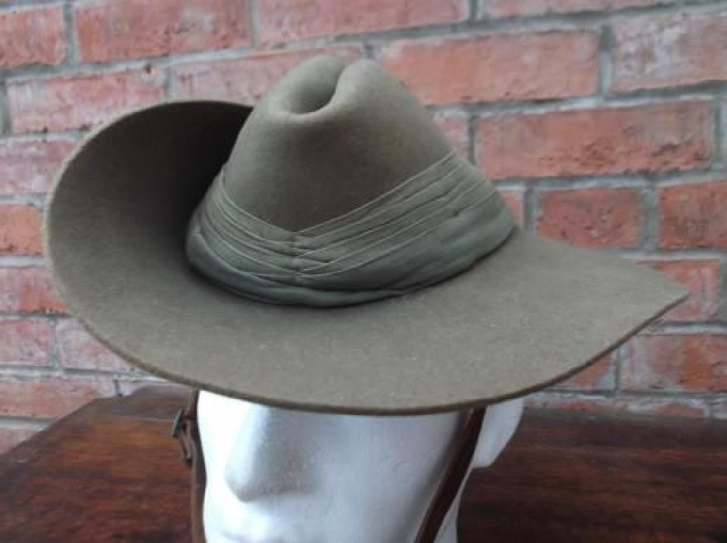 Good WW2 Australian 1942 dated Slouch Hat