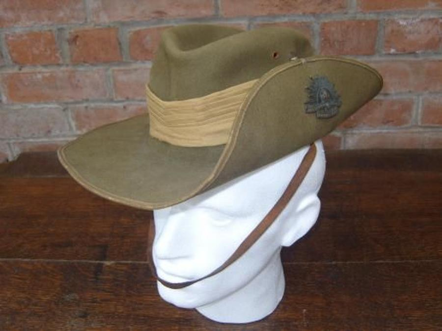 Good example of WW2 Australian 1942 dated Slouch Hat