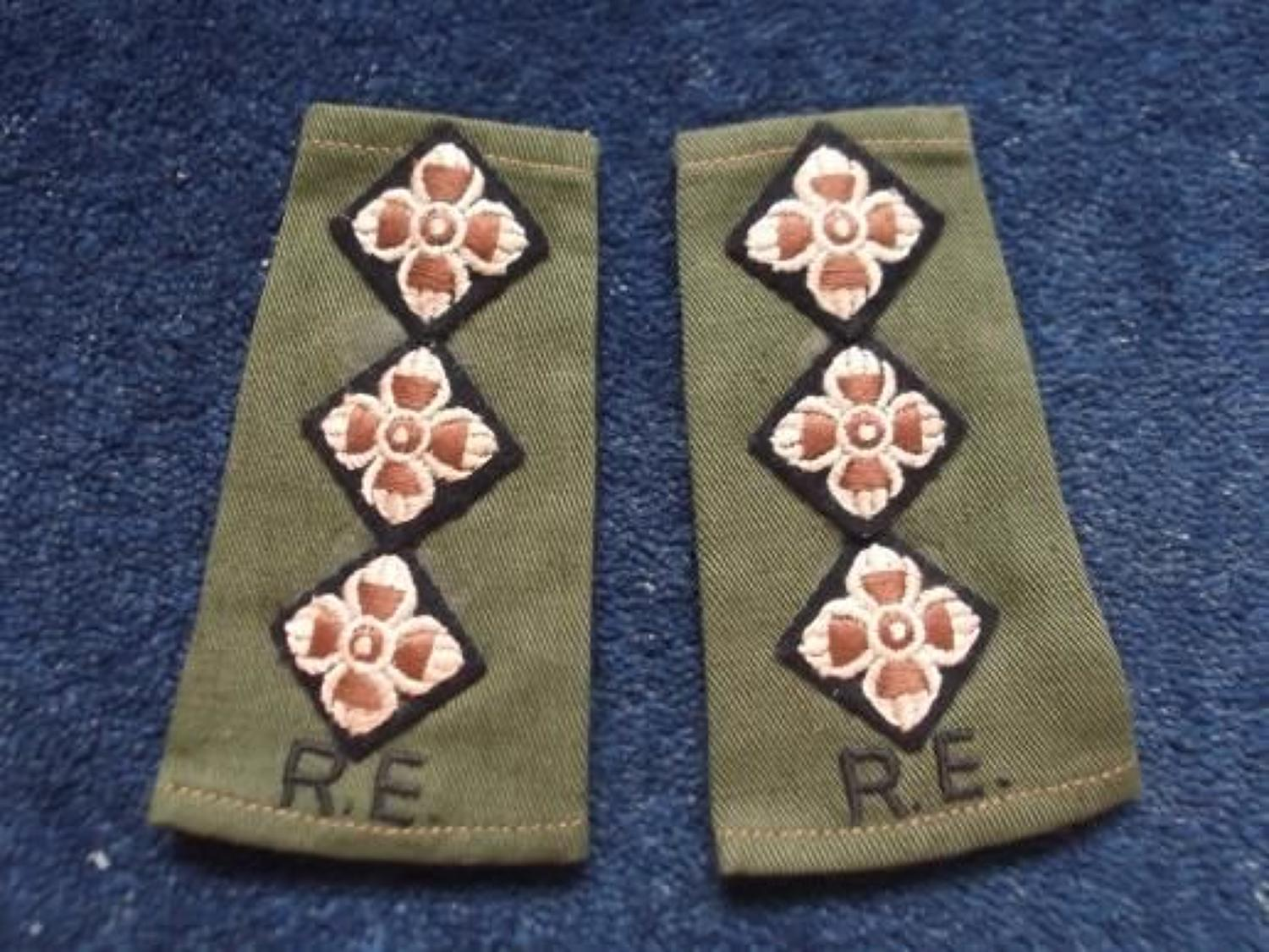 Slip-on Shoulder Rank. Three pips for Royal Engineer Captain.