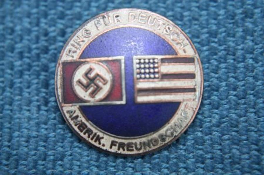 NAZI GERMAN - AMERICAN FRIENDSHIP BADGE