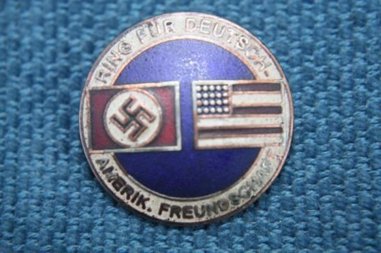 NAZI GERMAN - AMERICAN FRIENDSHIP BADGE