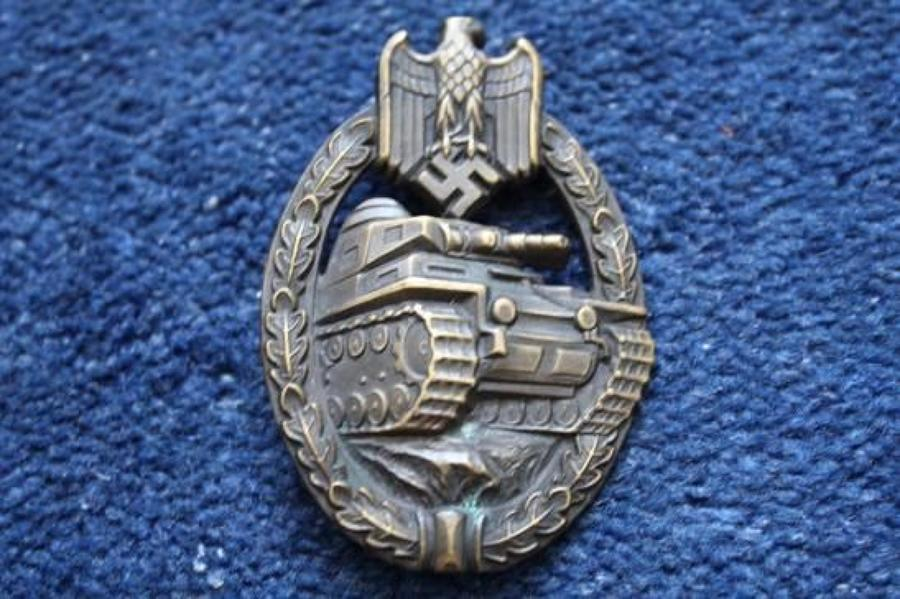 GERMAN WW2 TANK ASSAULT BADGE BRONZE