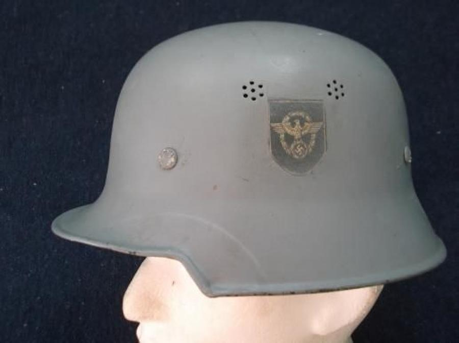 WW2 GERMAN HELMET: REPAINTED GREY WITH ORIGINAL LINER & CHINSTRAP
