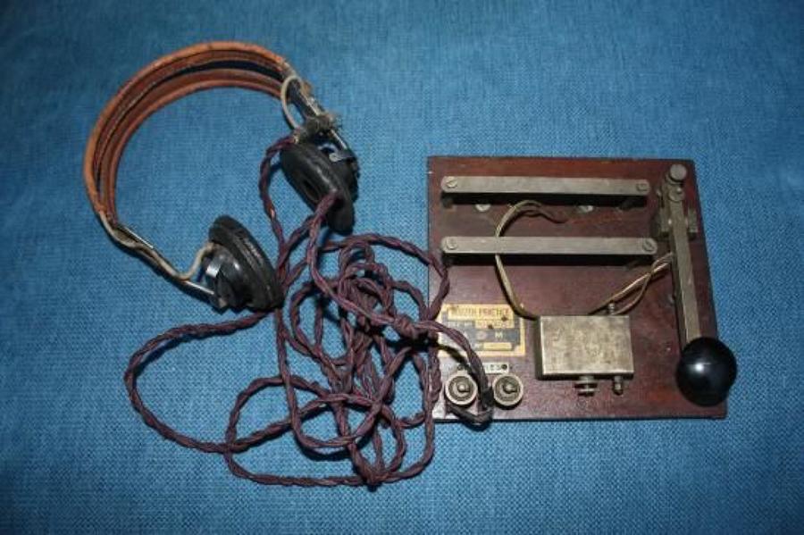 ORIGINAL WW2 ERA RAF RADIO HEADPHONES, MORSE CODE KEY