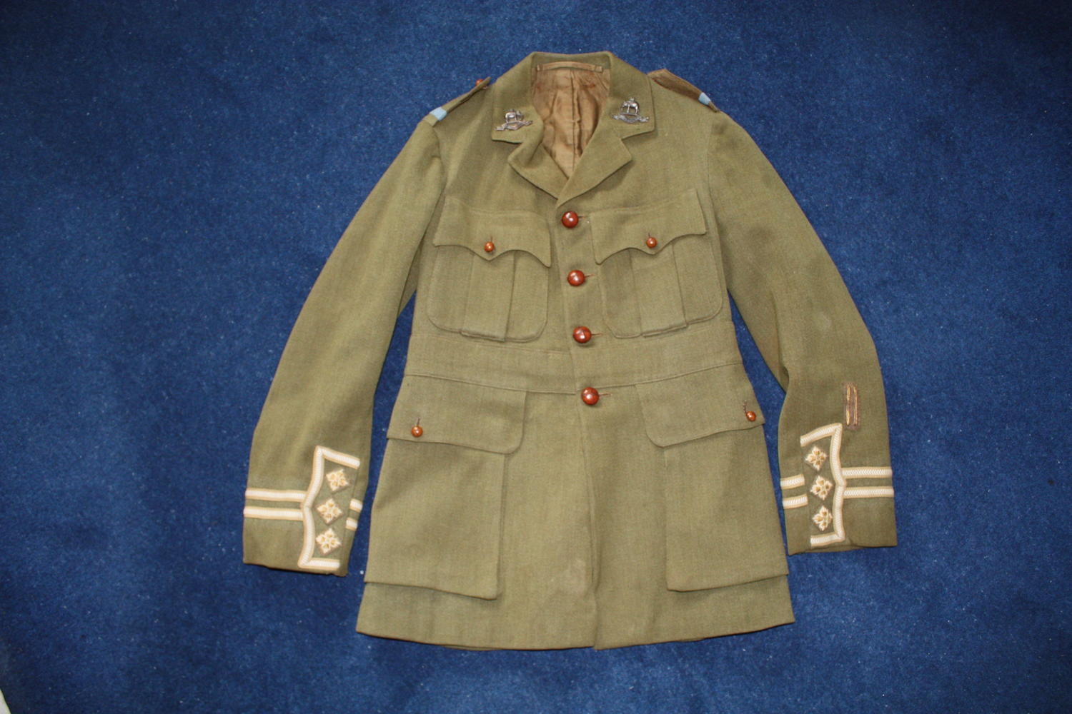 WW1 BRITISH CUFF RANK SERVICE DRESS KHAKI TUNIC WITH BATTLE INSIGNIA
