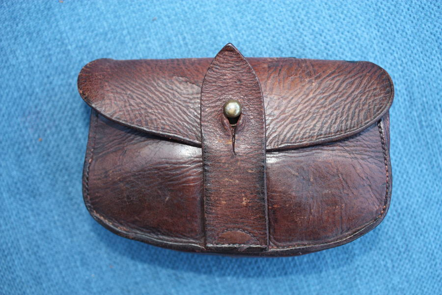 WW1 BRITISH OFFICERS WEBLEY LEATHER AMMUNITION POUCH
