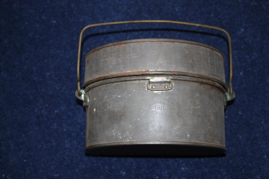WW1 AUSTRALIAN /BRITISH INFANTRY MESS TINS DATED 1916
