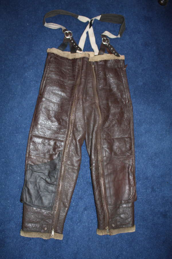 WW2 USAAF American A-3 type leather flying trousers