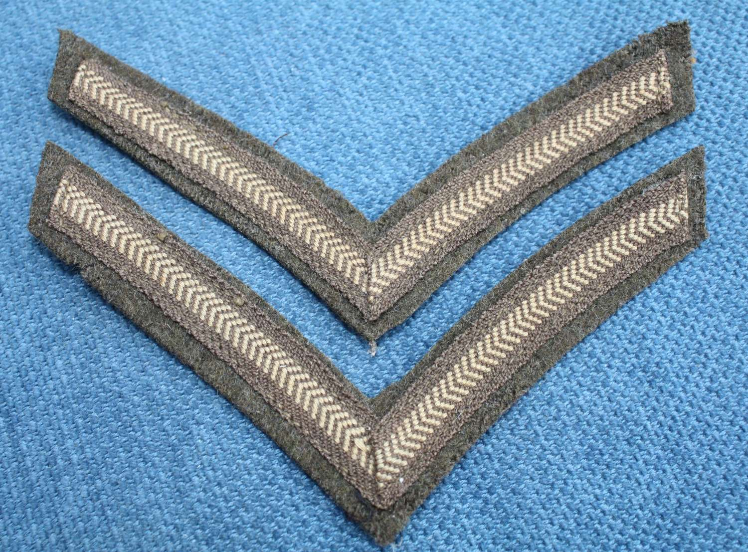 WW1 BRITISH ARMY KHAKI TUNIC LANCE CORPORALS STRIPES / CHEVRONS