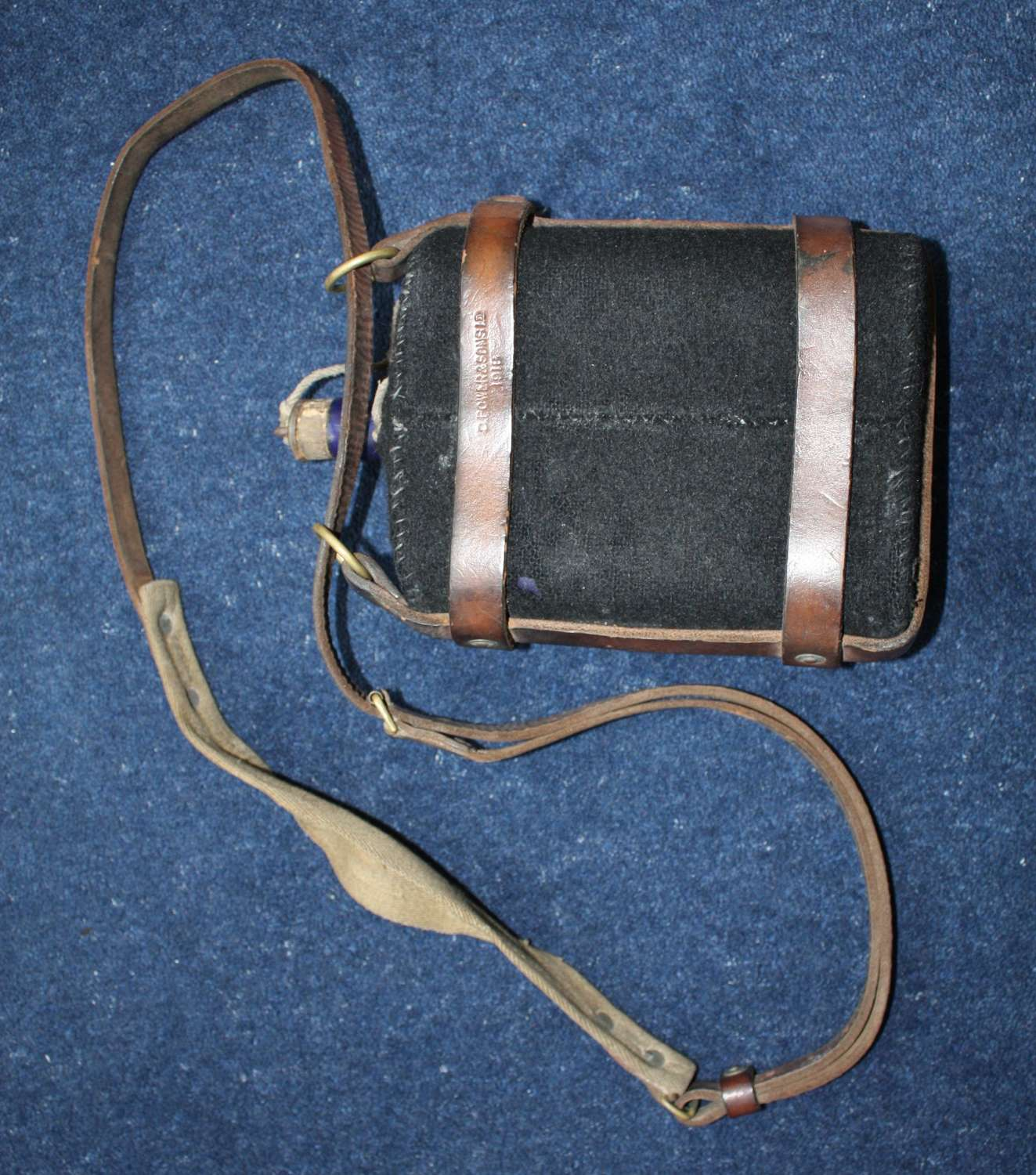 WW1 British Army Leather Water Bottle Carrier & Bottle: Dated 1918