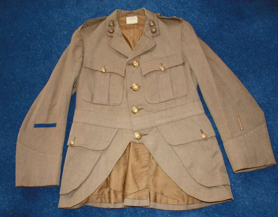 OFFICERS WW1 SCOTTISH CUT AWAY HIGHLANDERS TUNIC