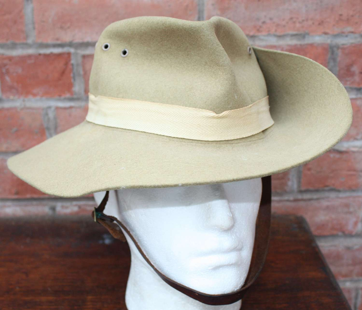 WW2 British/ Australian Slouch Hat dated 1943