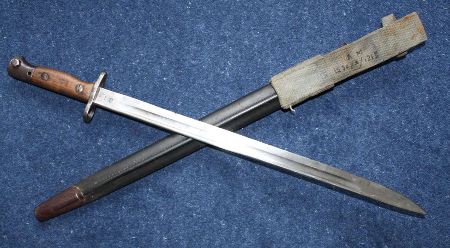 British RAF Stamped 1907 Bayonet, Scabbard and Webbing Frog