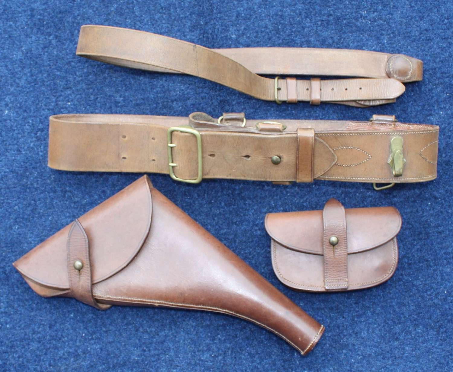 WW1 BRITISH ARMY OFFICERS LEATHER SAM BROWN BELT, HOLSTER & AMMO POUCH