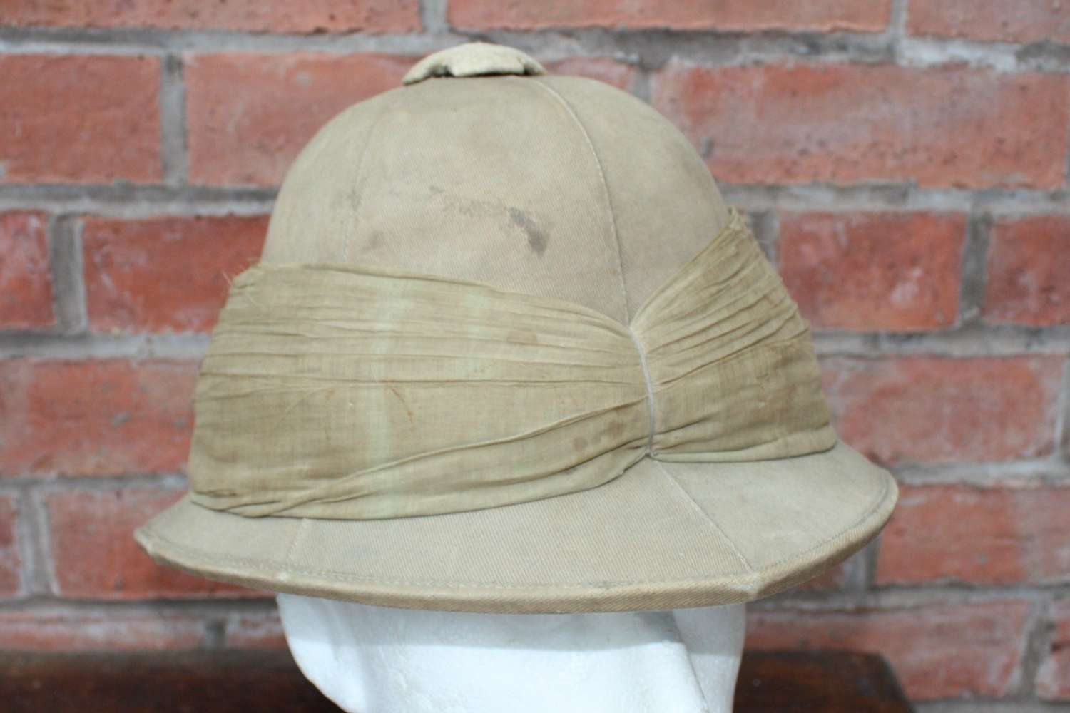 POST WW1 BRITISH ARMY OTHER RANKS PITH HELMET