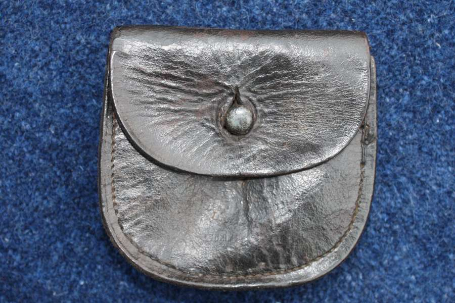 SMALL PRE 1903 BOER WAR LEATHER PISTOL AMMUNITION POUCH