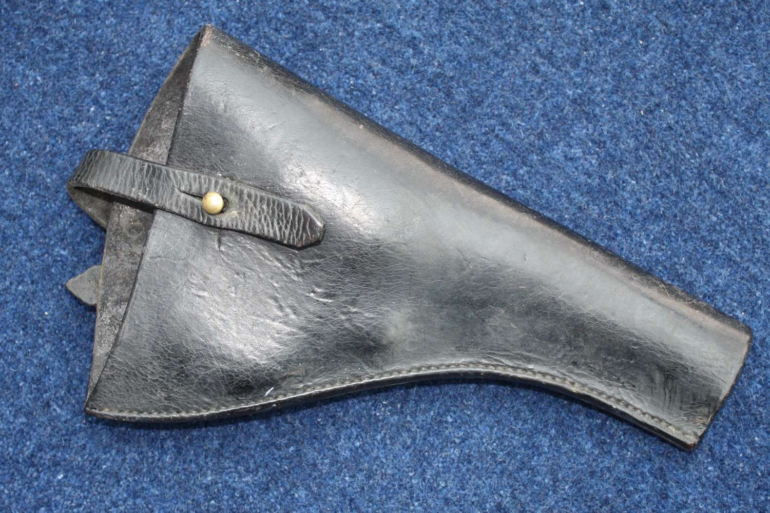 WW1 1914 PATTERN BRITISH WEBLEY LEATHER PISTOL HOLSTER DATED 1915