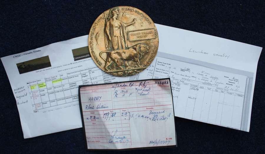 WW1 Death Plaque RAF Royal Air Force: Robert William Harvey