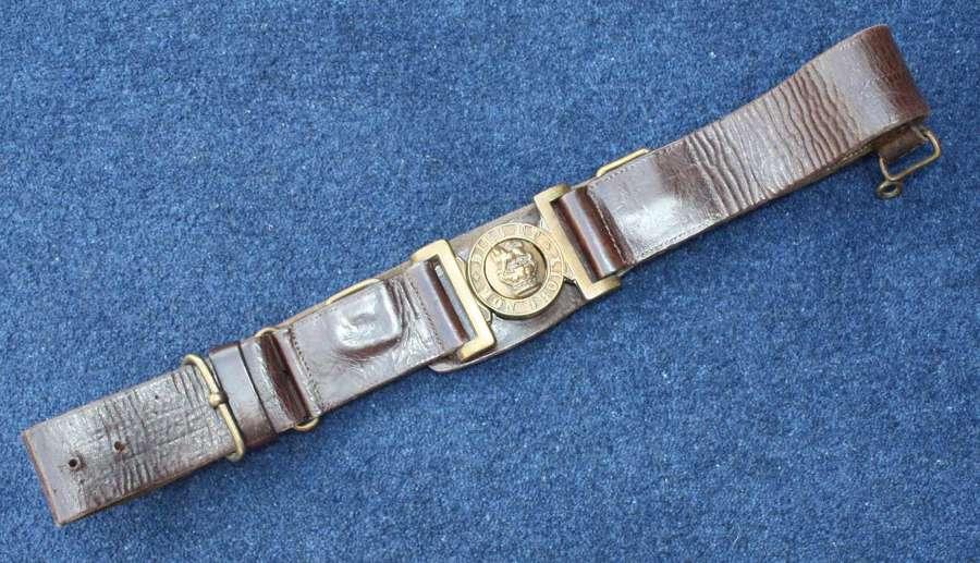 Boer War British Army leather belt. Yeomanry Queen Victoria Crown