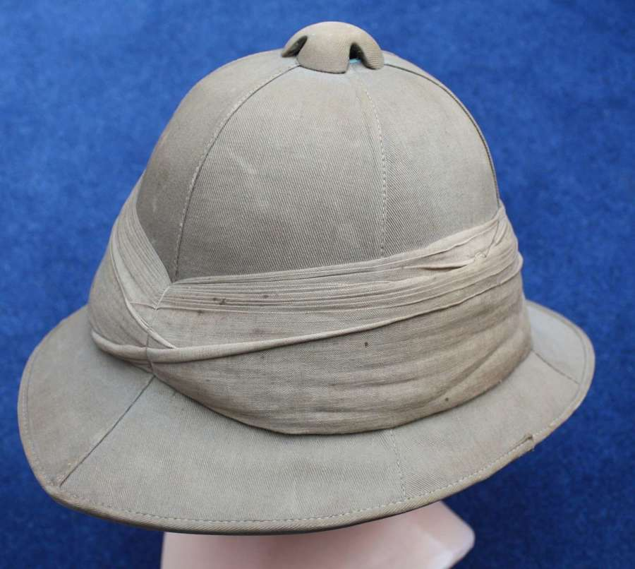 WW1 British Other  Khaki Drill Pith Helmet in good condition.