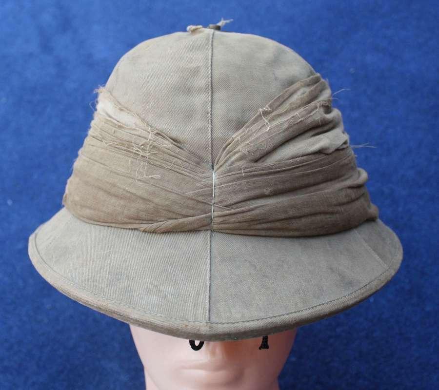 WW1 British O/R Khaki Drill Pith Helmet to the Worcestershire Yeomanry