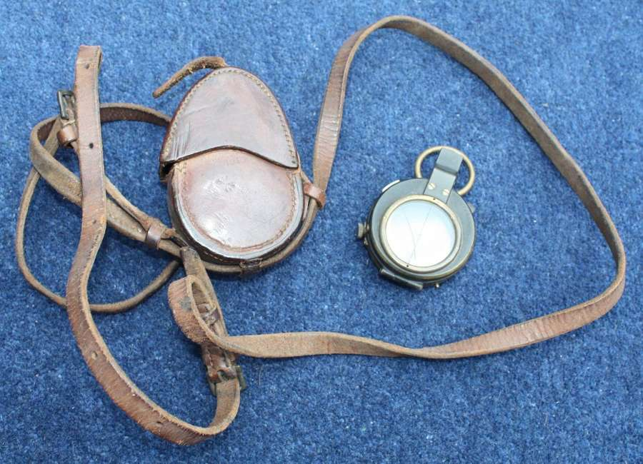 1918 DATED BRITISH OFFICER'S LEATHER COMPASS & 1918 DATED CASE